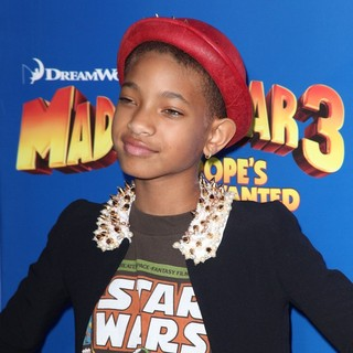 Willow Smith in New York Premiere of Dreamworks Animation's Madagascar 3: Europe's Most Wanted - willow-smith-premiere-madagascar-3-europe-s-most-wanted-02