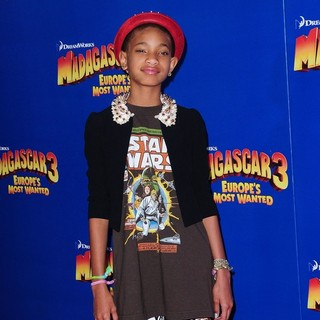 Willow Smith in New York Premiere of Dreamworks Animation's Madagascar 3: Europe's Most Wanted - willow-smith-premiere-madagascar-3-europe-s-most-wanted-03