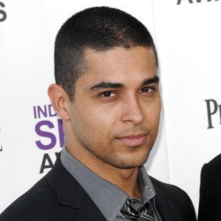 Wilmer Valderrama in 27th Annual Independent Spirit Awards - Arrivals