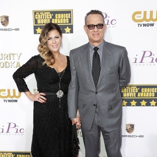 Rita Wilson, Tom Hanks in The 19th Annual Critics' Choice Awards