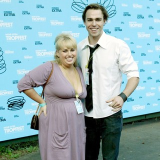 Rebel Wilson, Andrew Steel in The 2009 Tropfest Short Film Festival - Arrivals