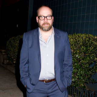 "Paul Giamatti in New York Screening of ""Win Win"" - Outside Arrivals"