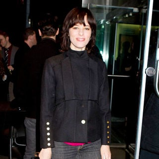 "Parker Posey in New York Screening of ""Win Win"" - Outside Arrivals"