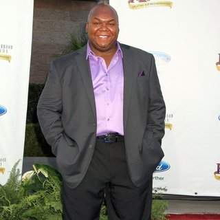 Windell Middlebrooks in 2013 Ford Neighborhood Awards