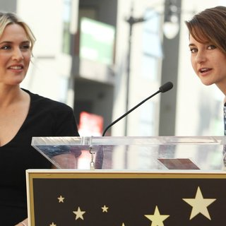 Kate Winslet, Shailene Woodley in Kate Winslet Honored with Star on The Hollywood Walk of Fame