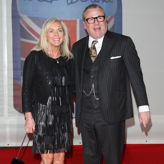 Elaine Winstone, Ray Winstone in The BRIT Awards 2012 - Arrivals
