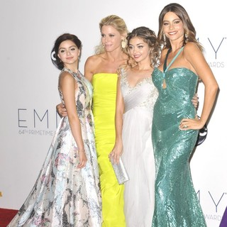 Ariel Winter, Julie Bowen, Sarah Hyland, Sofia Vergara in 64th Annual Primetime Emmy Awards - Press Room