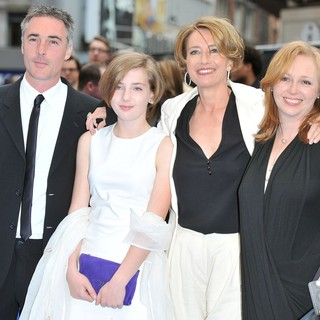 Greg Wise, Gaia Wise, Emma Thompson in Men in Black 3 - UK Film Premiere - Arrivals