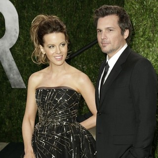 Kate Beckinsale, Len Wiseman in 2013 Vanity Fair Oscar Party - Arrivals