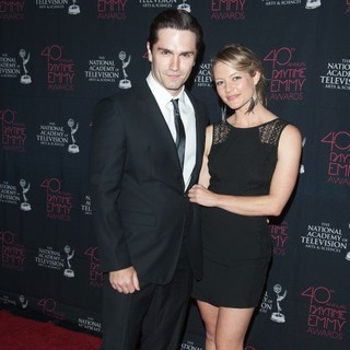 Sam Witwer, Sarah Allen in 40th Annual Daytime Entertainment Creative Arts Emmy Awards