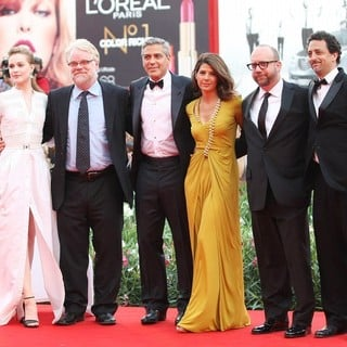 Evan Rachel Wood, Philip Seymour Hoffman, George Clooney, Marisa Tomei, Paul Giamatti, Grant Heslov in 68th Venice Film Festival - Day 1 - The Ides of March - Red Carpet