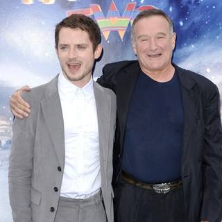 Elijah Wood, Robin Williams in World Premiere of Happy Feet Two