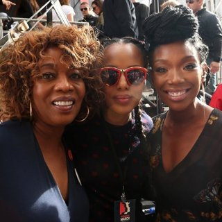 Alfre Woodard, Kerry Washington, Brandy-Women's March
