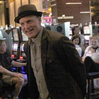 Woody Harrelson in On Set for The Film Now You See Me