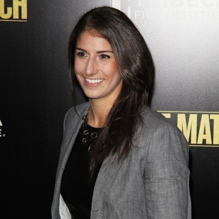 Yael Averbuch in Grudge Match New York Screening - Red Carpet Arrivals