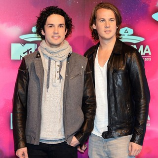 Ylvis in 20th MTV Europe Music Awards - Arrivals