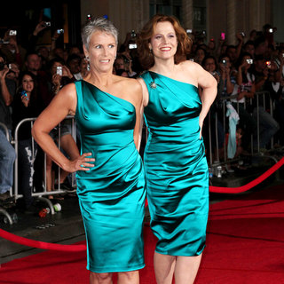 "Jamie Lee Curtis, Sigourney Weaver in Los Angeles Premiere of ""You Again"""