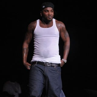 Young Jeezy - Young Jeezy Performing at The Live Your Life Concert