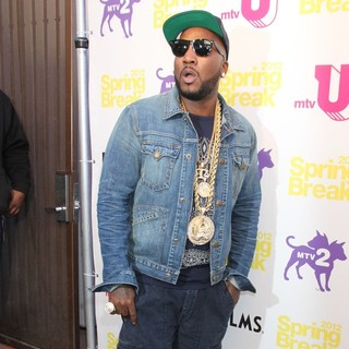 Young Jeezy in MTV Spring Break 2012 - Day 2 - young-jeezy-mtv-spring-break-2012-day-2-04