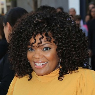 Yvette Nicole Brown in Percy Jackson: Sea of Monsters Premiere