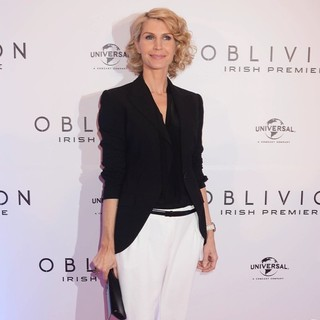 Yvonne Keating in The Irish Premiere of Oblivion - Inside Arrivals