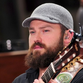 Zac Brown Band Perform Live as Part of The Today Show's Concert Series - zac-brown-band-perform-today-show-03