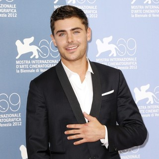 Zac Efron in The 69th Venice Film Festival - At Any Price - Photocall