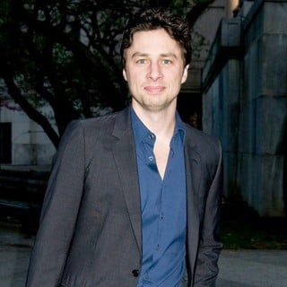 Zach Braff in 2011 Tribeca Film Festival - Vanity Fair Party - Arrivals