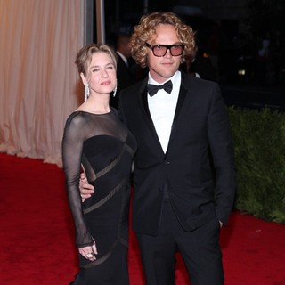 Renee Zellweger, Peter Dundas in Schiaparelli and Prada Impossible Conversations Costume Institute Gala