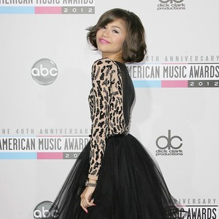 Zendaya Coleman in The 40th Anniversary American Music Awards - Arrivals