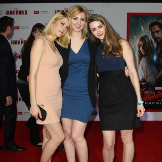 Madeline Zima in Iron Man 3 Los Angeles Premiere - Arrivals - zima-premiere-iron-man-3-02