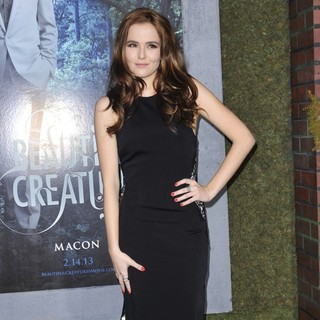 Zoey Deutch in Beautiful Creatures Los Angeles Premiere
