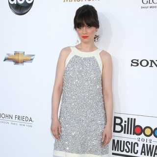 Zooey Deschanel in 2012 Billboard Music Awards - Arrivals