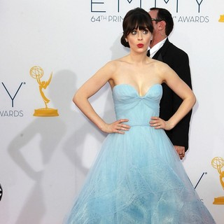 Zooey Deschanel in 64th Annual Primetime Emmy Awards - Arrivals
