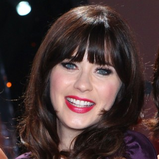 Zooey Deschanel in So You Think You Can Dance Celebrates Its 200th Episode