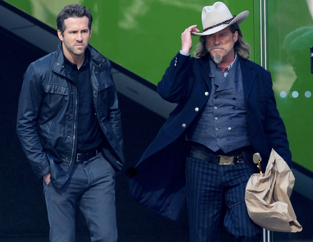 Ryan Reynolds, Jeff Bridges<br>Filming Scenes for The Movie R.I.P.D.