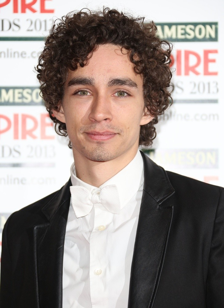 Robert Sheehan Picture 7 Jameson Empire Film Awards 2013 Arrivals