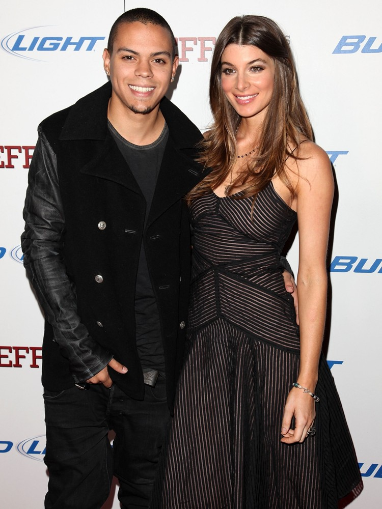 Evan Ross, Cora Skinner<br>The Premiere of Jeff Who Lives at Home - Arrivals