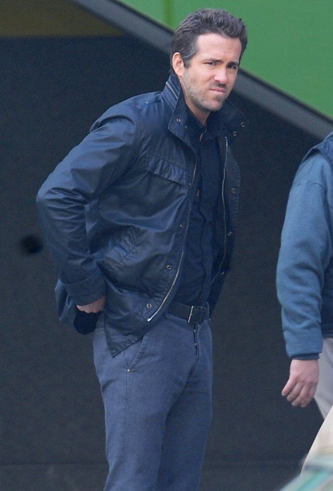 Ryan Reynolds<br>Filming Scenes for The Movie R.I.P.D.