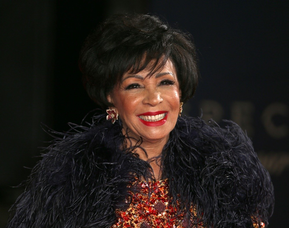 shirley bassey picture 17   the world premiere of spectre