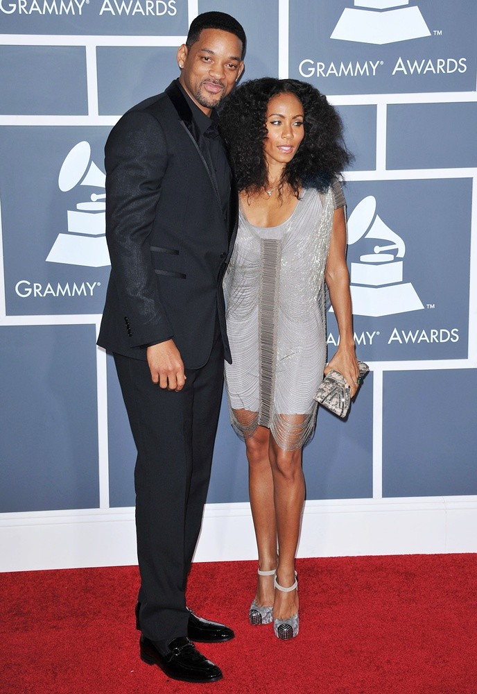 http://www.aceshowbiz.com/images/wennpic/smith-53rd-annual-grammy-awards-01.jpg