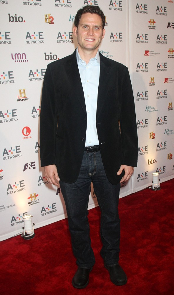 Steven Pasquale<br>A and E Networks 2012 Upfront