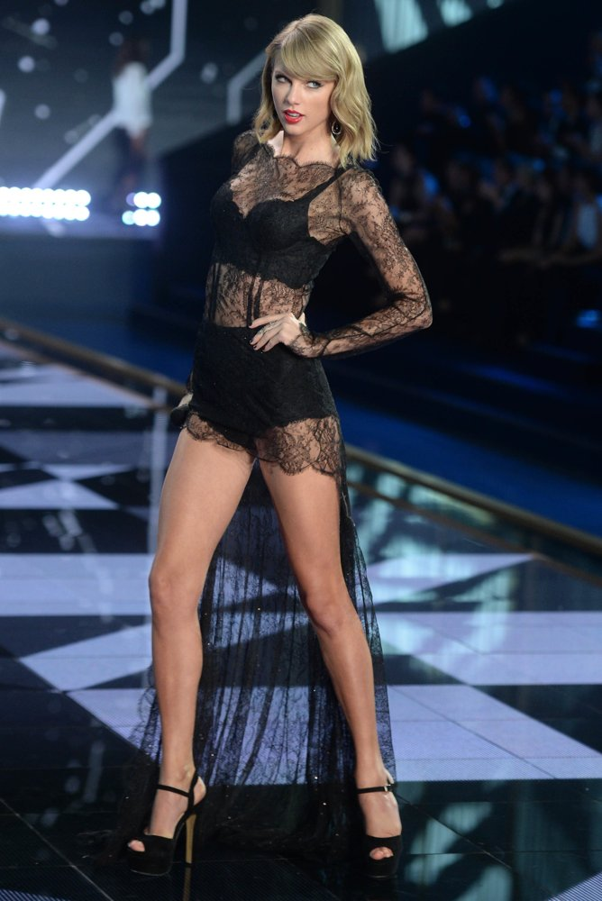 Catwalk Fashion Show 2014 Victoria s Secret Fashion