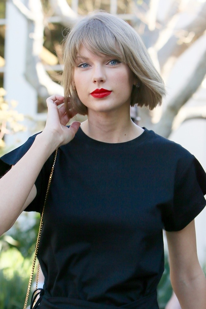 Taylor Swift<br>Taylor Swift Seen Leaving Isabel Marant