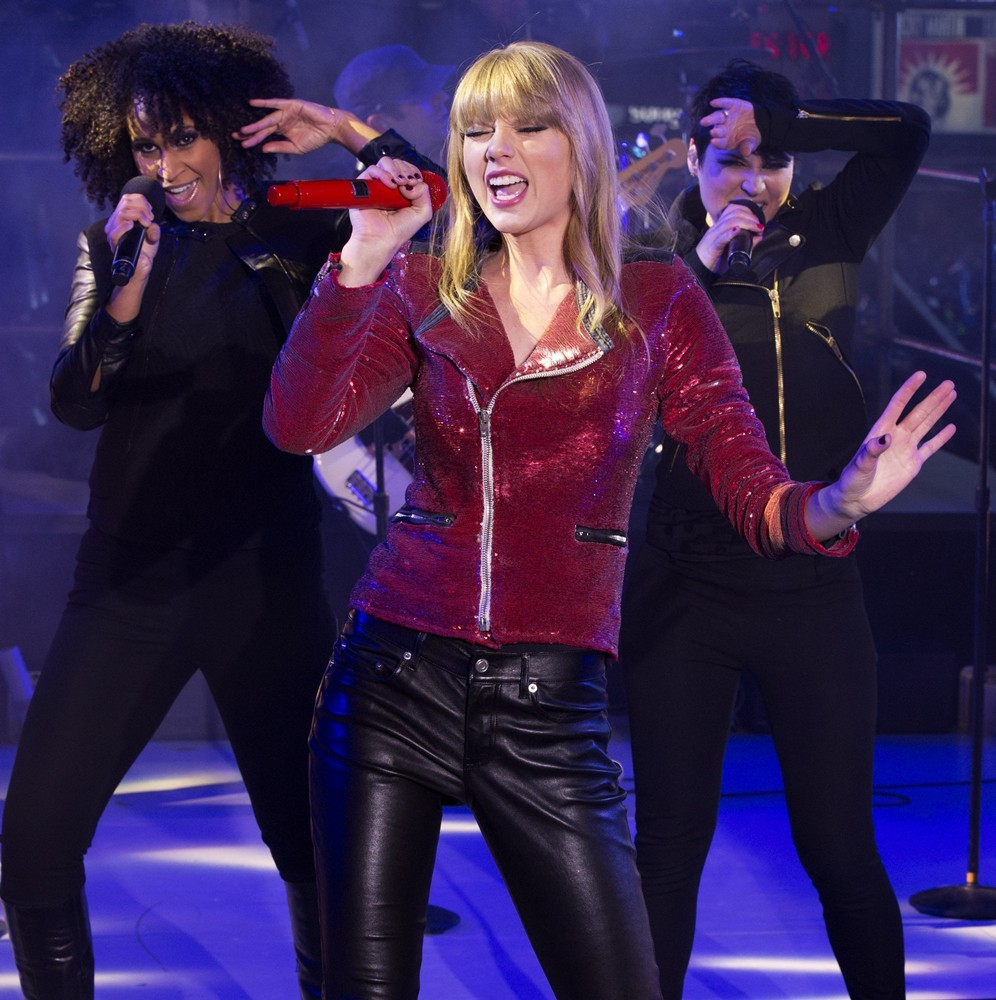 Taylor Swift<br>New Year's Eve 2013 in Times Square