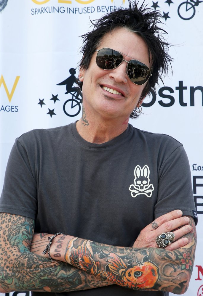 Tommy Lee<br>Off The Menu x Postmates: Secret Burger Showdown