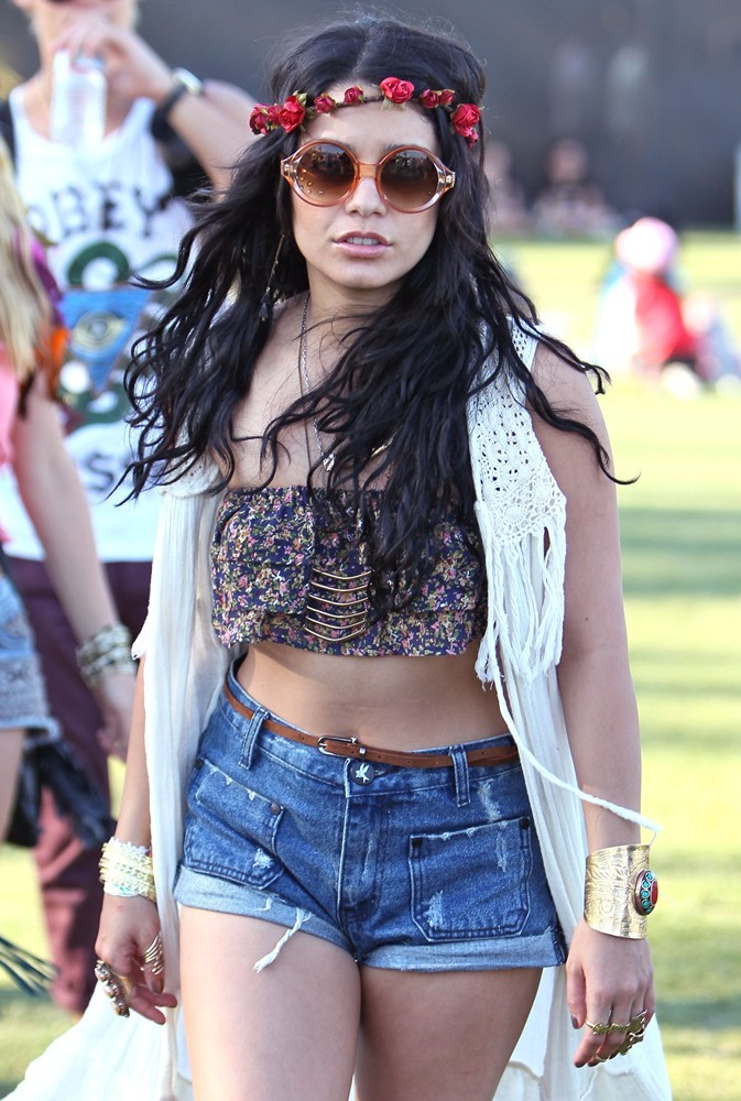 Vanessa Hudgens Picture 233 Celebrities At The 2012 Coachella Valley Music And Arts Festival
