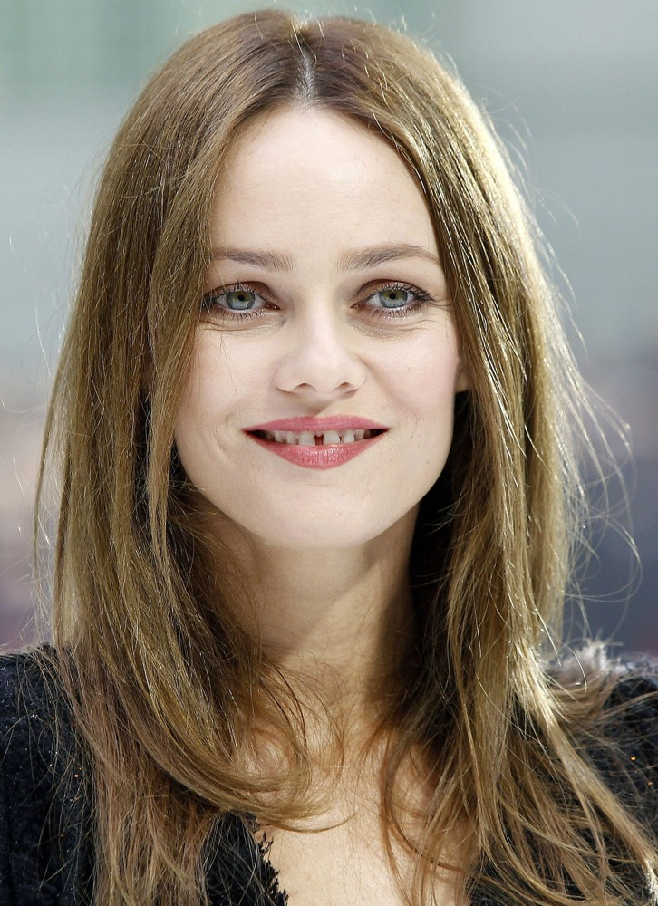 Vanessa Paradis Picture 14 - Fashion Week Ready to Wear ...