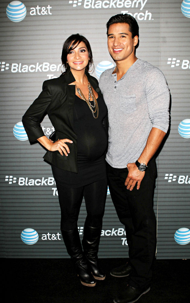Courtney Mazza, Mario Lopez