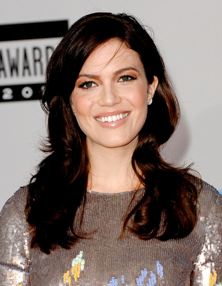 Mandy Moore<br>2010 American Music Awards - Arrivals